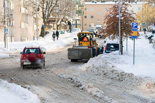 ノーマル タイヤ 雪 道