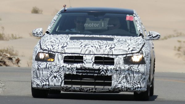 2017-volkswagen-polo-spy-photo (1)