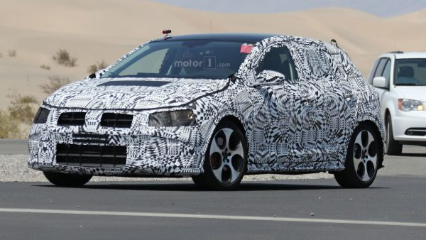 2017-volkswagen-polo-spy-photo