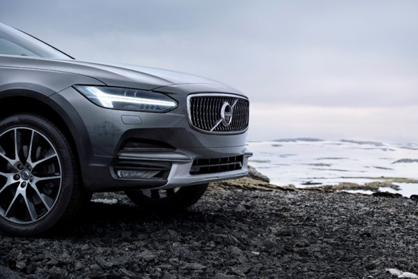 volvo_v90_cross_country_03