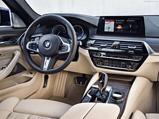 BMW-5-Series_Touring-2018-1280-27